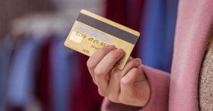 Как подключить штрафы и коммунальные услуги к банковской карте?